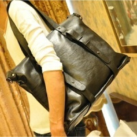 新款韩版男包单肩斜挎包手提包个性英伦包潮男休闲包2018气质包包