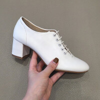 chic女秋鞋系带高跟深口单鞋圆头中粗跟英伦风复古白色小皮鞋lkf