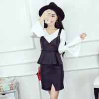 时尚套装女秋季新款修身长袖打底衫+PU皮吊带背心+开叉皮裙三件套