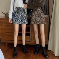 秋季2020新款斑�R�y高腰短裙a字包臀裙子�@瘦毛呢百搭半身裙女�b