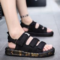 凉鞋 男女士圆头防滑透气舒适沙滩鞋子2020新款女式时尚休闲魔术贴户外运动情侣鞋