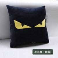 汽�抱枕被子�捎棉k公室珊瑚�q午休空�{毯子卡通靠�|多功能枕�^