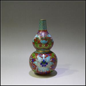 二十世纪80年代 铜胎掐丝珐琅 莲纹葫芦瓶