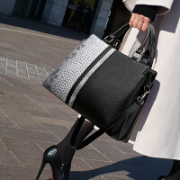 包包女包手提单肩大包时尚女士包包2019新款潮斜挎包大容量