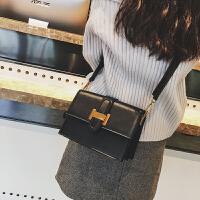 小包包女新款潮韩版复古百搭单肩斜挎小方包超火包斜跨 黑色