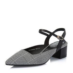 BASTO/百思图2018夏季专柜同款纺织品/羊皮革格纹尖头粗跟女凉鞋HA621BH8