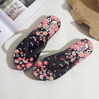 夏季人字拖女士防滑平底沙滩鞋夹脚凉拖时尚韩版外穿海边度假拖鞋