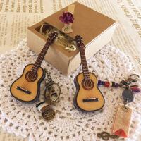 ?刻字定制木质吉他小提琴钥匙扣包包挂件情侣男女创意迷你装饰礼物