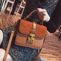 复古锁扣包包女2018韩版新款大气女包手提斜挎包铆钉单肩小方包潮