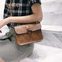 包包女2018新款女牛角扣单肩斜跨包复古韩版休闲小包包