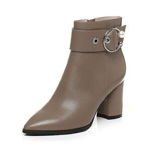 Tata/他她2017冬牛皮珍珠皮带扣尖头靴粗高跟女皮靴17078DD7