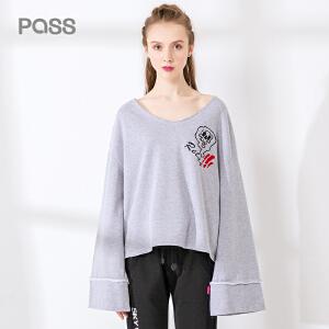 pass2017秋装新品宽松喇叭袖t恤女长袖创意卡通V领体恤上衣潮韩版