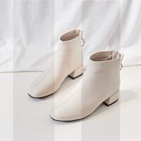 小短靴女2018新款平底百搭粗跟秋冬季加绒米白色高跟鞋网红瘦瘦靴SN1613 米色 加绒