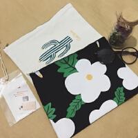 韩国仙人掌字母印花冰淇淋花朵 化妆包 帆布小包 手拿包便携