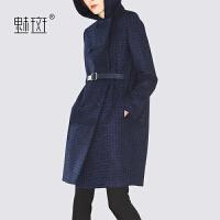 魅斑连帽格子毛呢外套女中长款2019时尚新款秋冬气质宽松呢子大衣