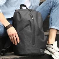双肩包男士休闲旅游背包时尚潮流大学生书包电脑包男生韩版旅行包