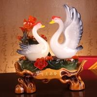 爱情天鹅摆件结婚礼物工艺品客厅装饰品摆饰树脂工艺品婚庆礼品