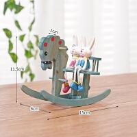 创意礼品卡通木马吊脚米菲兔室内客厅卧室装饰品树脂摆件拍摄道具