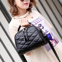 韩版女包包新款时尚菱格包包手提包百搭流苏单肩包斜挎包小包 黑色