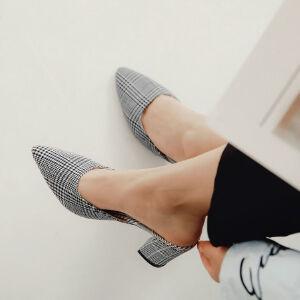 WARORWAR 2019新品YN9-2501春夏欧美格子粗跟鞋高跟鞋尖头女后空女鞋潮流时尚潮鞋百搭潮牌单鞋女