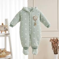 婴儿连体衣加厚爬服宝宝冬装新生儿衣服夹棉哈衣包脚连帽棉衣