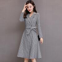 黑白格子风衣2018秋新款韩版修身连衣裙西装领中长款裙摆风外套女 黑白格子
