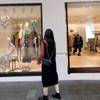 胖mm春装显瘦针织背心连衣裙大码女装宽松V领毛衣裙2019春季新款 黑色预售7-12个工作日