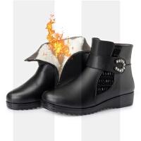 妈妈棉鞋女冬季保暖加绒中年短靴真皮平底老鞋防寒大码靴子43SN6708 黑色羊毛里