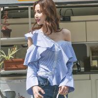 2018春夏装新款镂空斜肩性感上衣女荷叶边条纹不规则修身衬衫 蓝白条纹
