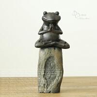 新中式摆件客厅书房书架样板房博古架创意树脂青蛙禅意复古装饰品