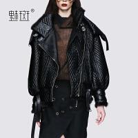 【新年狂欢到手价:998.9】魅斑欧洲站时髦机车风短款羽绒服女小个子2019新款羽绒夹克短外套
