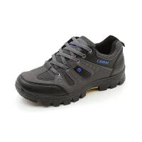 秋冬季登山鞋休闲运动旅游鞋男户外徒步鞋防水耐磨轻便防滑爬山鞋