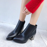WARORWAR新品YM32-F01冬季韩版粗跟高跟尖头女士短靴