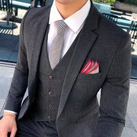 一套西服套装男士三件套修身青年西装伴郎新郎结婚礼服正装西装潮