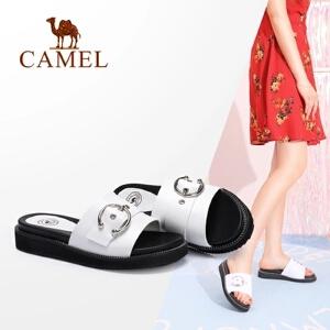 骆驼女鞋 2018夏季新品 时尚休闲平跟凉拖真皮金属圆扣平跟拖鞋女