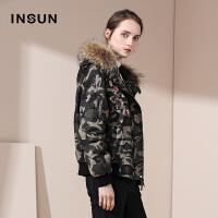 INSUN/恩裳商场同款时尚短款绣花迷彩夹克羽绒服外套