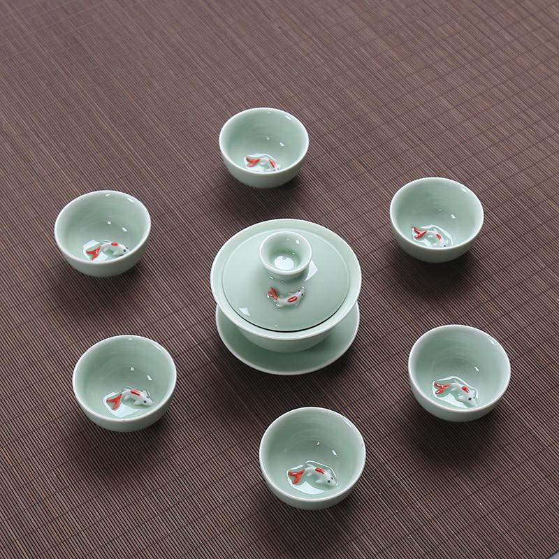 青瓷茶具套装盖碗茶壶鱼杯青瓷彩鲤鱼茶具套装 特惠 旅行茶具 青瓷盖碗套组 一壶6杯 发货周期:一般在付款后2-90天左右发货,具体发货时间请以与客服协商的时间为准