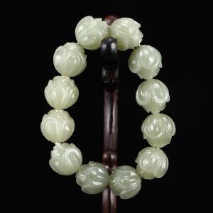 新疆和田玉雕刻莲花珠手链天然玉石手串佛珠