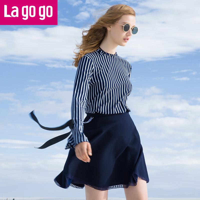 【秒杀价71.7】Lagogo2019秋冬季新款韩版修身上衣喇叭袖条纹百搭长袖休闲衬衫女