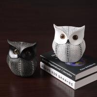 创意猫头鹰摆件现代简约家居办公室装饰品书房摆设树脂工艺品