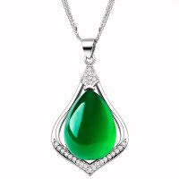 天然玉髓项链吊坠女绿色宝石水晶银锁骨刻字珠宝首饰送妈妈礼物