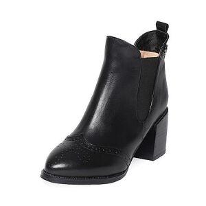 Tata/他她冬黑色牛皮时尚雕花尖头鞋粗高跟套筒女短靴FE443DD6