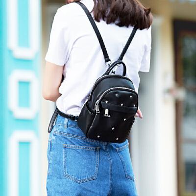 TOUTOU2017夏季新款女包韩国时尚百搭双肩包个性铆钉学院风小背包个性铆钉 唤起你的时尚嗅觉