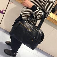 新款韩版男包潮流时尚手提包单肩包斜跨包旅行包商务男士百搭包包 黑色 现货
