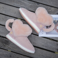 雪地靴女 网红同款同款皮毛一体爱心雪地靴女平底2019冬季新款网红短筒靴子srr