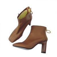 小短靴女秋冬2018新款瘦瘦单靴漆皮方头粗跟高跟踝靴白色马丁靴子 棕色/皮面绒里 跟高8cm