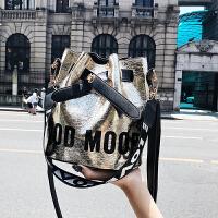 包包女2018夏季新款潮韩版单肩包水桶包百搭斜挎包印花包