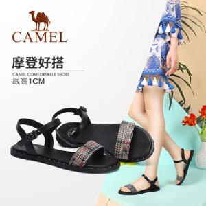 骆驼女鞋2018夏季新款复古印花铆钉舒适时尚一字扣平底凉鞋chic风
