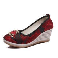 WARORWAR新品YM57-C42秋冬民族风绸缎花布坡跟舒适女士单鞋