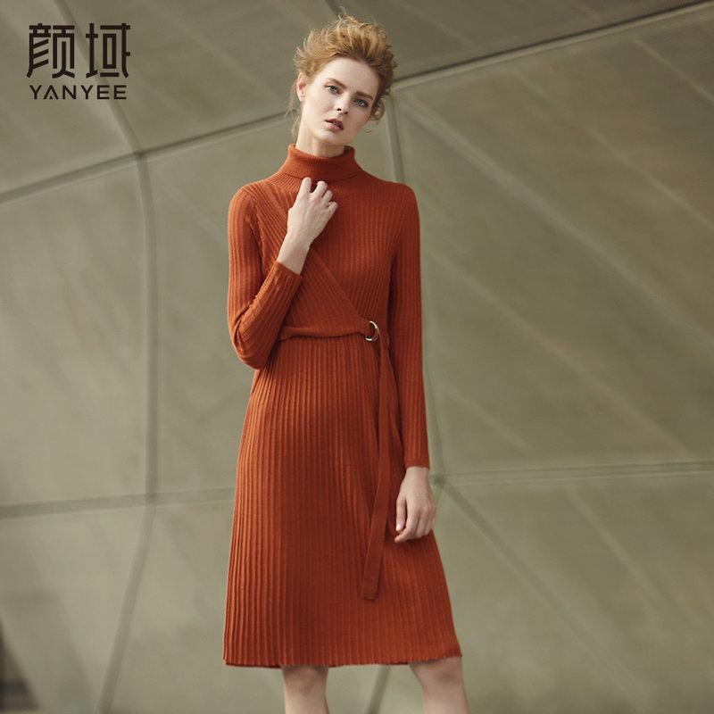颜域品牌女装冬季新款毛衣裙女2017宽松高领腰带针织显瘦连衣裙厚前中搭配扣带设计